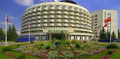 Ирис Конгресс Отель - Фасад