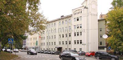 Институтский - Фасад